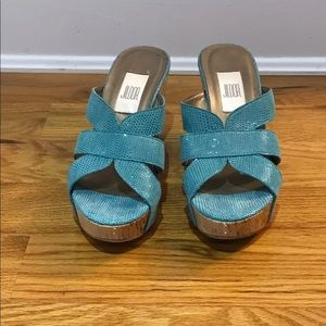 🔴5 items for $15 Cute wedge sandal